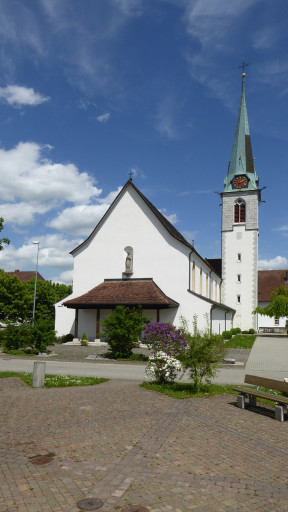 Röm. Kath. Pfarrkirche Neuendorf SO
